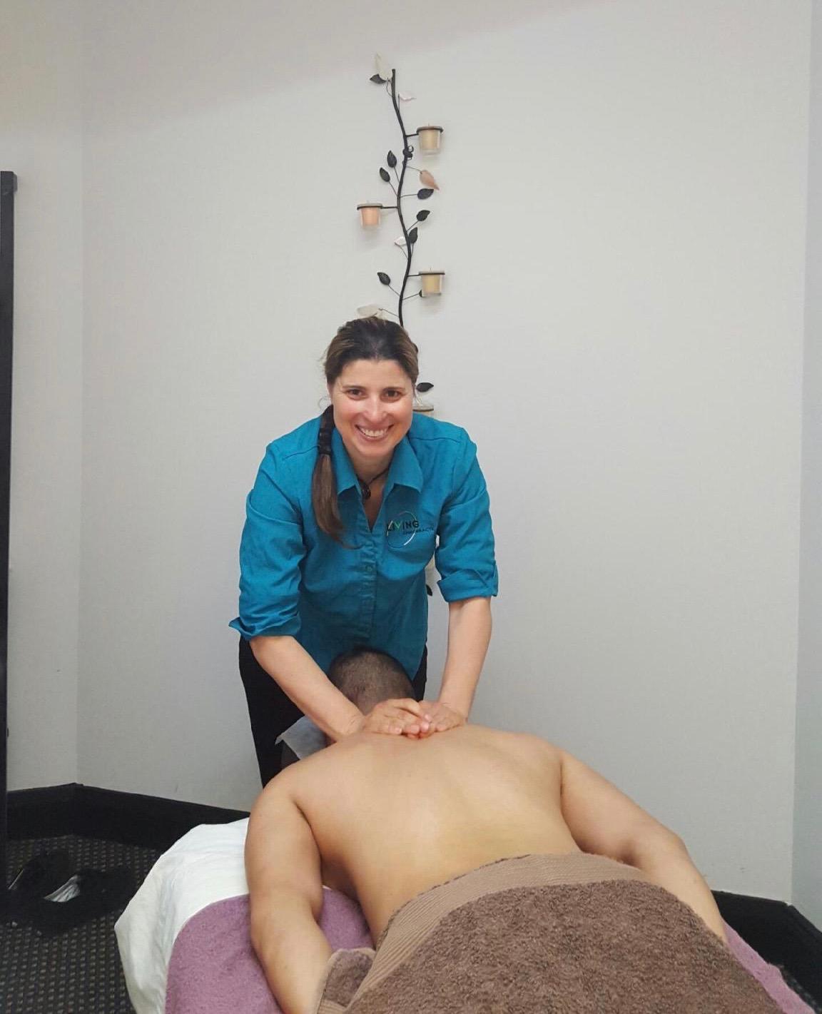 %chiropractor-sydney %pregnancy-chiropractor